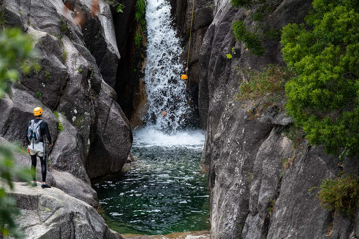 SAFETY ALERT: CANYONING HARNESSES